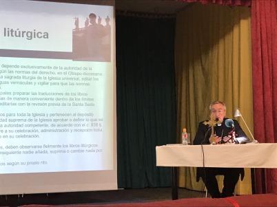 2017 03 08 - Conferencia Rico Pavés-6